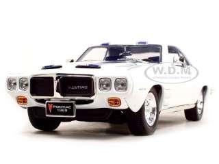 1969 Pontiac Firebird Trans Am Diecast Model White 1/18 Die Cast Car