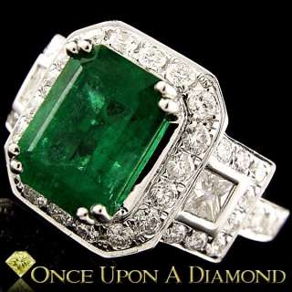 18K White Gold 3.19ctw Natural Emerald & Diamond Halo Style Cocktail