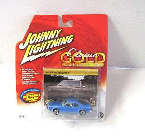 2005 JOHNNY LIGHTNING CLASSIC GOLD 74 AMC HORNET MOC