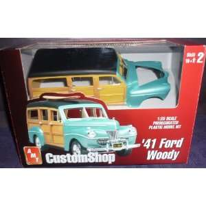 #30248 Custom Shop AMT/Ertl 41 Ford Woody Fully Decorated