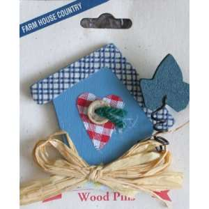 Wood BIRDHOUSE Pin (Bird House Shape PIN): Arts, Crafts & Sewing