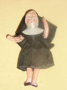 ~ HP Bride ~ Celluloid Nun ~ 1970 UD Co Vinyl Grow Hair Doll