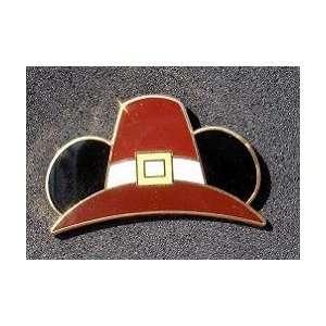 Disney Mickey Mouse Pilgrim Hat Pin # 73456 Toys & Games