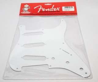 New FENDER reissue 57 Strat Pickguard 1 Ply White