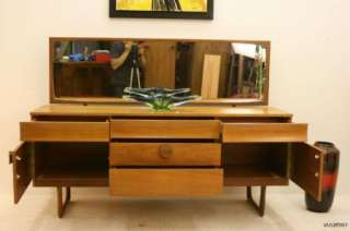 MID CENTURY DANISH MODERN TEAK DRESSING TABLE / VANITY