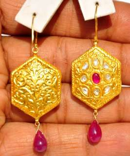 TOP STUNNING RUBY DIAMOND MOGHUL 22KT CARVED GOLD EARRINGS