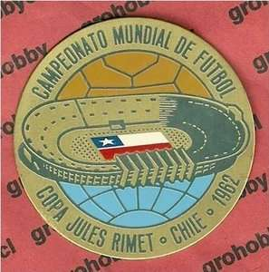 1962 Chile Pin Medal Badge Soccer World Cup FIFA Souvenir Genuine