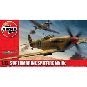Spitfire MkIXc Military Aircraft Classic Kit Series 2 Toys & Games