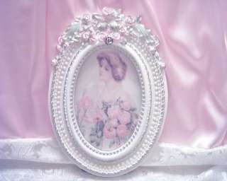 Shabby Victorian~LG Oval Rose Picture Frame~PINK Roses~Faux Pearls