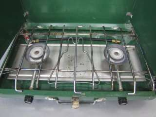 COLEMAN 2 BURNER PROPANE CAMPING STOVE USED BUT WORKS WELL CAMPSTOVE