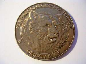 NORTH AMERICAN HUNTING CLUB COLLECTORS MEDALLION SERIES 01 GRIZZLY
