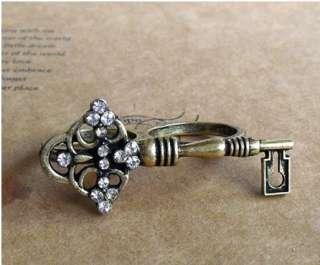 Fashion Ancient Key Shape Rhinestone Two Finger Ring