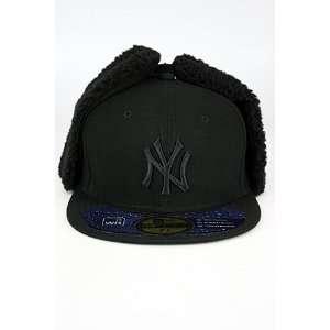 New Era Dogear NY Yankee Hat Black. Size 7 7/8 Sports