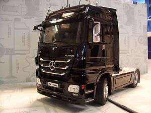 Mercedes Benz Actros MP 3 V8 1  18 schwarz 118