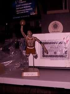 Michael Jordan Chicago Bulls dealer special salvino Statue Autographed