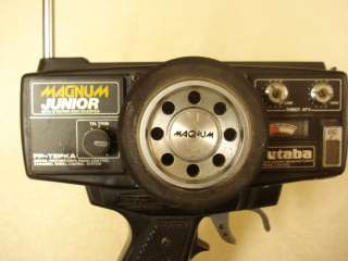FUTABA MAGNUM JUNIOR Radio 2PEKA FM on Ch 68   75MHZ with RECIEVERS