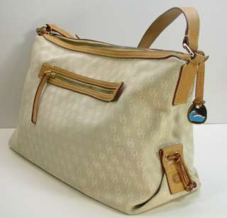 On an Signaure Large Hand Bag Purse Canvas/Brown Leaher |