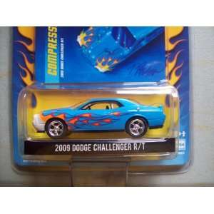 Greenlight Up in Flames R2 2009 Dodge Challenger R/T Toys