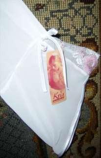 vit neglige med rosa spetsar xxl på Tradera. Övriga nya underkläder