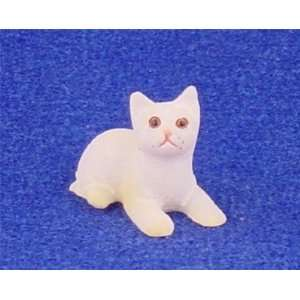 Dollhouse Miniature White Cat Toys & Games