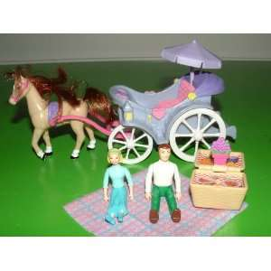 2001 Sweet Streets Horse Carriage Complete Set (Retired): Toys & Games