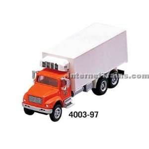 HO Scale International 4900 3 Axle Refrigerator Van   Orange/White