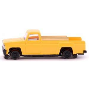 Pick Up Truck with High Railers Powered HO Scale Toys & Games