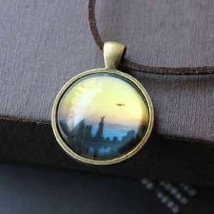 Dream City Sunset Evening Circle Pendant Necklace 951