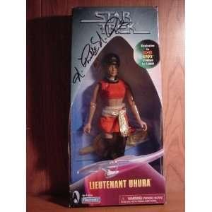 AUTOGRAPHED!!(Nichelle Nichols) Star Trek Uhura 10in